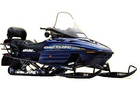 Стекло снегохода оригинальное BRP/SkiDoo Grand Touring/Summit/Formula 670/583/500/470 95-00 414939100