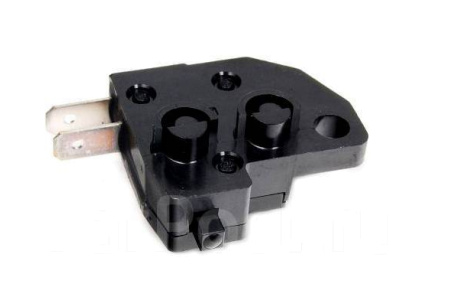 Датчик (выключатель) стоп-сигнала передний для квадроцикла Kawasaki Brute Force 750 650 27010-0025 27010-1170 MC-01107