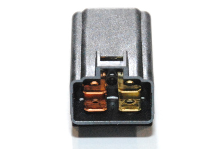 Реле топливного насоса Suzuki 38740-31G01