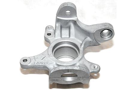 Кулак поворотный Suzuki Kingquad 750X правый 51231-31G00